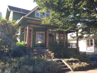 Colorful Casa, Near-In East Side Portland - Portland vacation rentals
