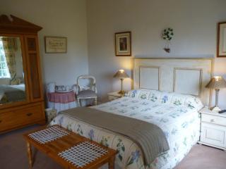 Gleneagles Manor B/B. - Nottingham Road vacation rentals