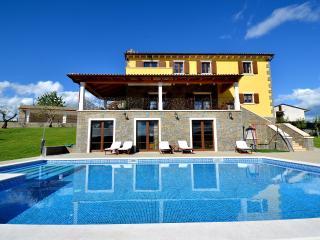 Villa Maslina-luxury Istrian Villa - Buzet vacation rentals