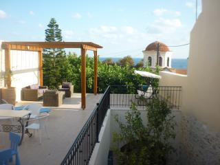 Aphroditi Apartment in Villa Aposperitis, Panormo - Panormo vacation rentals