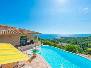 Luxury 4 bedroom villa with breathtaking seaviews - Sari-Solenzara vacation rentals