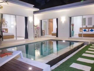 Villa Leda, new villa in Seminyak - Kerobokan vacation rentals