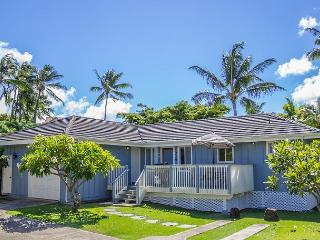 Hale Loke Cottage, 2 Masters, A/C, Use of resort pool & spa, steps to beaches - Koloa vacation rentals