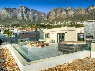 Houghton Heights Upper - Camps Bay vacation rentals