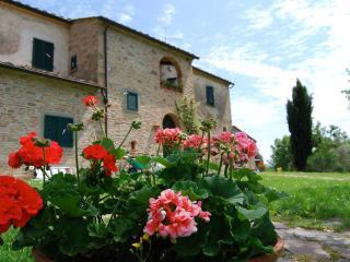 casale le piagge - Foiano Della Chiana vacation rentals