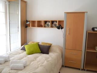 Nice Sunny Studio FAST WiFI 10M! - Capital Federal District vacation rentals