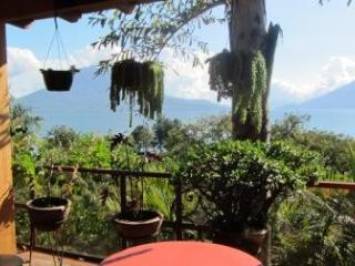 4 bedroom house on estate with pool - Solola Department vacation rentals