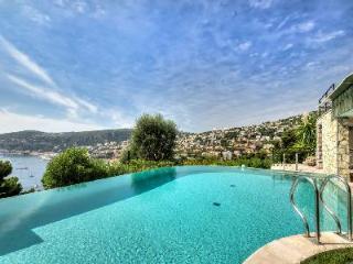Incredible Hillside Villa Azur Villefranche with Sea Views, Pool & Hot Tub - Villefranche-sur-Mer vacation rentals