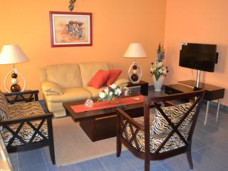 Appartement meublé de lux à bonamoussadi - Douala vacation rentals