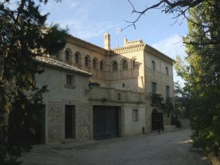 Casa rural Torre de Campos - Ainzon vacation rentals