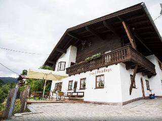 2 Bedroom apartment with Watzmann mountian view - Schoenau am Koenigssee vacation rentals