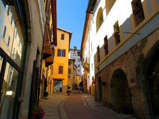 Vista Rocca/500 euros/wk to include 2 persons - Spoleto vacation rentals