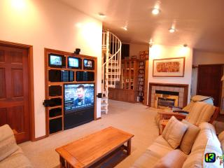 Brian Head Dual-Condo, Pool-Jacuzzi, Ski-In/out, - Brian Head vacation rentals