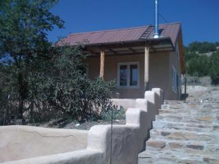 St. Anne's Guesthouse - A Room with a Mountain View - Sandia Park vacation rentals