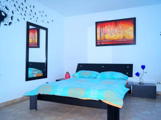 COZY STUDIO WITH A WONDERFUL VIEW TO THE ISLAND OF - Cartagena District vacation rentals