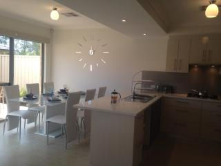 Mandurah on the Terrace - 3bdr, 2bth, Small Pets - Mandurah vacation rentals