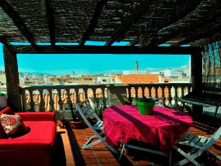Wonderful Penthouse With Terrace In Centre.wifi - Malaga vacation rentals