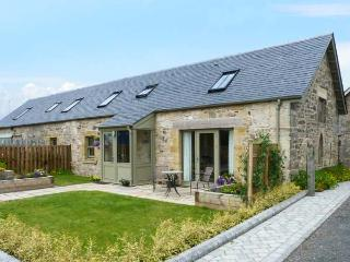 MUIRMAILING COTTAGE, flexible sleeping arrangements, underfloor heating, child-friendly cottage in Plean near Stirling, Ref. 14772 - Denny vacation rentals