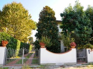 Villa dei Limoni - Lido Di Camaiore vacation rentals