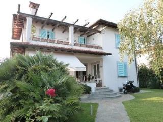 Villa Jacopo - Forte Dei Marmi vacation rentals