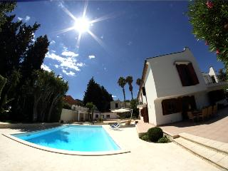 VILLA HOP: luxury villa with private pool at 50 m - Scordia vacation rentals