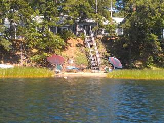Charming Great Pond Waterfront  4 Bedroom Home. - Cape Cod vacation rentals