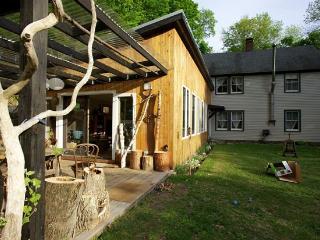 Woodstock Ecentric Modern-30min Ski - Catskills vacation rentals