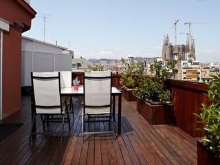 MONUMENTAL ARAGO 01: 2 Bedrooms 2 Bathrooms - Barcelona vacation rentals