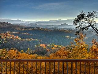 MagnificantViewOverDollywood,sleeps14HotTub,2Jacuz - Pigeon Forge vacation rentals