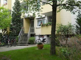 Vacation Apartment in Braunschweig - 581 sqft, heating, TV, radio (# 1624) - Braunschweig vacation rentals