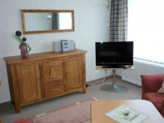 Vacation Apartment in Cuxhaven - 517 sqft, central, quiet location, affordable (# 2872) - Cuxhaven vacation rentals