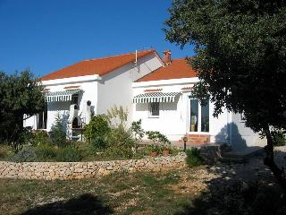 House Movica  Mandre - A2 - Mandre vacation rentals