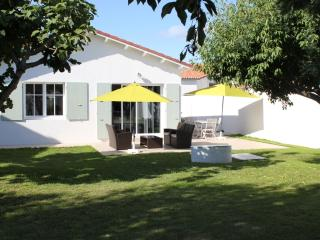 La Maison du Pertuis **** - Ile de Re vacation rentals