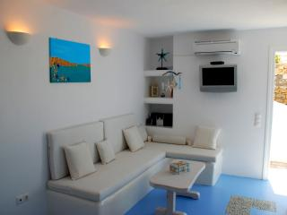 Luxurious Studio Iro Amazing View for couple - Mykonos vacation rentals