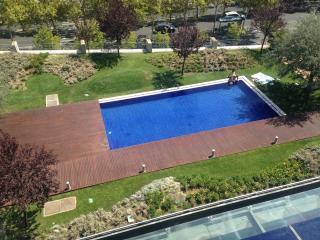 Expo Luxury Apartment - Lisbon vacation rentals