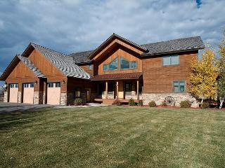 Saddleback Vistas! Huge Views, Ideal Location, Hot Tub & WiFi. 5 stars! - Victor vacation rentals