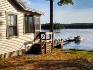 Sebago Lake - 3 Bedroom / 1 Bath Shore/Dock - Poland vacation rentals