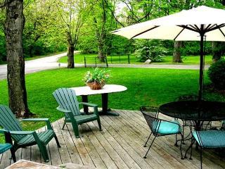 3200sf Cabin W/4BR, 2.5 BA,2000sf Deck - Cambridge vacation rentals