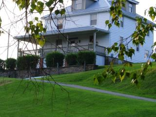 Vacation Home 10 Minutes From Fallingwater House.. - Fort Hill vacation rentals