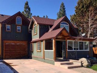 Casa Bella - Big Bear City vacation rentals