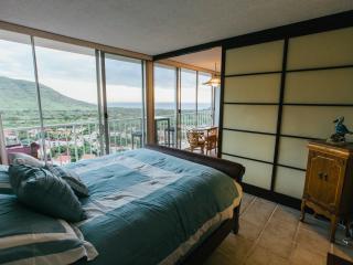 Makaha Valley Getaway ($89 Spring Special) - Oahu vacation rentals