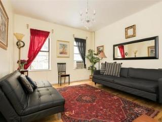 Great 3 bedroom 12 mins to Time Sq! - New York City vacation rentals