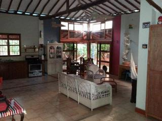 Quinta Caracol - 5 minutes drive from beach - Paraguachi vacation rentals
