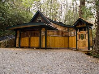 Migration Station - Black Mountain vacation rentals