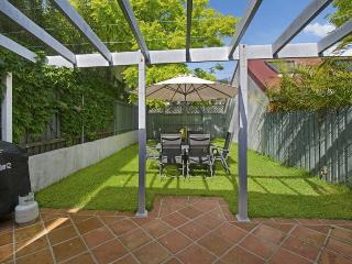 BRONTE Dickson Street .12. - Rose Bay vacation rentals