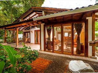 Charming beach cottage- private patio, shared pool, BBQ, across from beach - Guanacaste vacation rentals