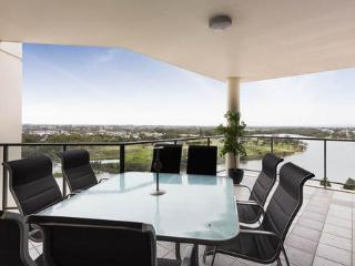 Grand View Apartment - Rivervale vacation rentals