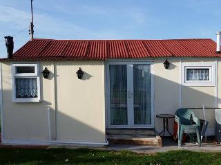 S54 - 1 Bedroom Chalet Close to Beach - Leysdown-on-Sea vacation rentals