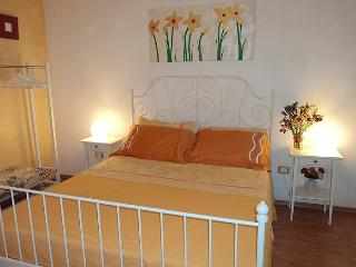 Lovely Flat- Historical Center - Naples vacation rentals
