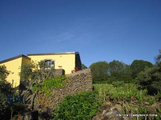 Romantic historic Villa with view of Etna & Pool - Linguaglossa vacation rentals